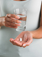 Aspirin həbi bir çox xəstəlikdən qoruyur