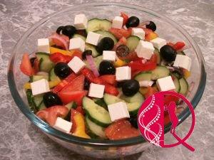 Yunan salatı (foto resept)