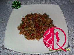 Közlənmiş badımcan salatı