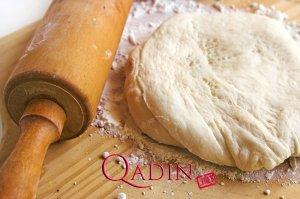 Pizza xəmiri (foto resept)