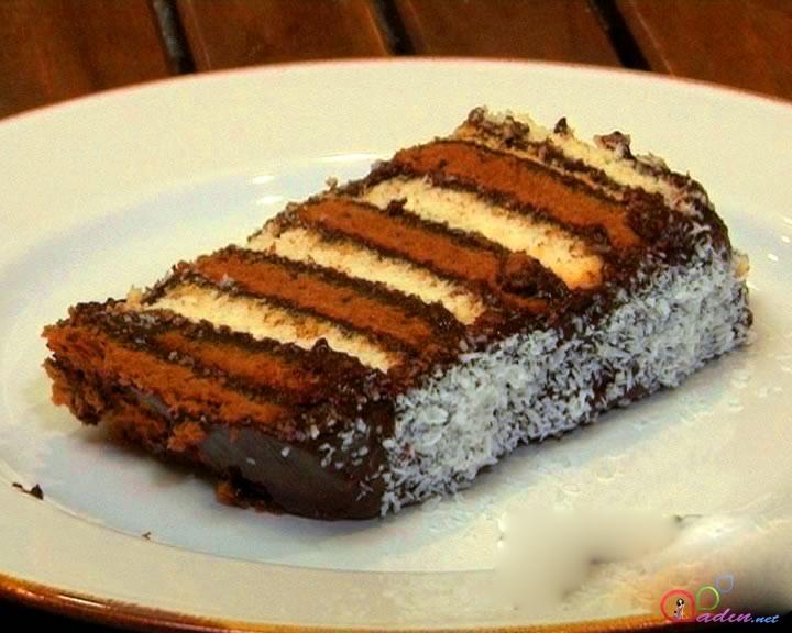 İki rəngli peçenyeli tort (foto resept)