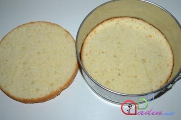 Qarağatlı tort (foto resept)