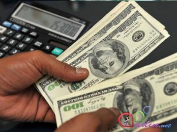 Dollar Qazaxıstanda rekord vurdu
