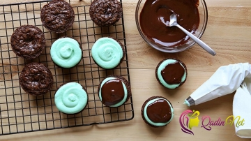 İki rəngli cupcake (foto resept)