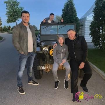 Emin atası və oğulları ilə - FOTO