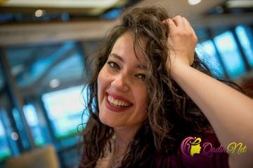 Məşhur aktrisa evinə girən fanatlarından yazdı-FOTO