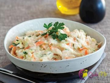 Ağ kələm salatı (foto-resept)
