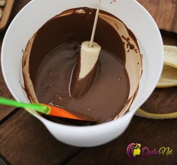 Şokoladlı banan çubuqları (foto-resept)