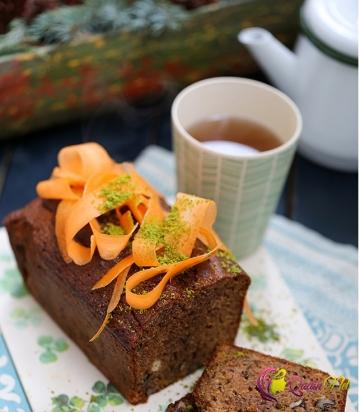 Köklü, darçınlı, qozlu keks (foto-resept)